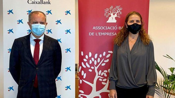 Caixabank y ABEF firman un convenio para impulsar las empresas familiares en Baleares