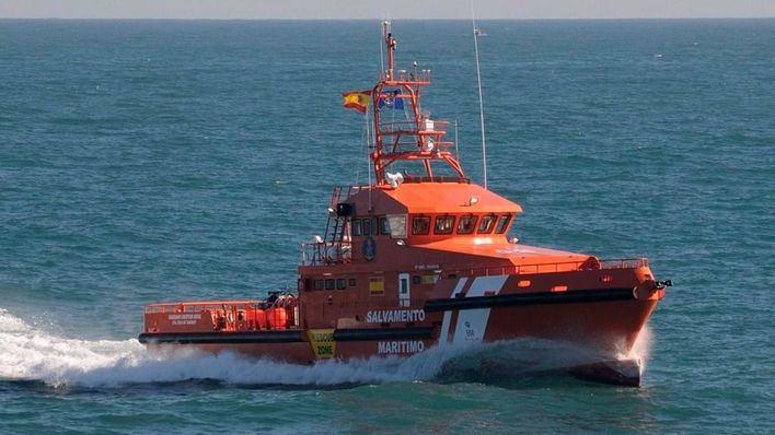 Salvamento Marítimo rescata en Ibiza a un hombre que se había precipitado desde un acantilado
