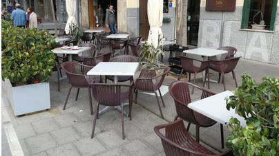 Vianants en lluita critica a Cort por autorizar que las terrazas ocupen plazas y calles peatonales