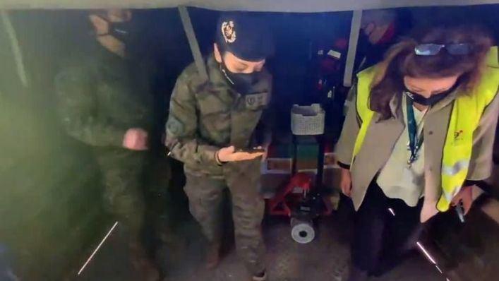 Las Fuerzas Armadas transportan vía aérea las vacunas a Baleares