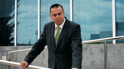 El periodista Javier Algarra, ganador del Primer Concurso Literario de la Asociación Pro Guardia Civil