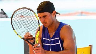 Nadal se entrena con jugadores ATP para preparar la temporada