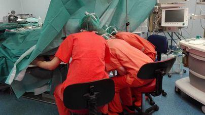 Saturado por Covid: Son Espases sólo opera de cáncer y casos urgentes