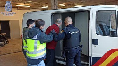 Detenido uno de los ladrones de dos relojes de alta gama en una joyería de Ibiza