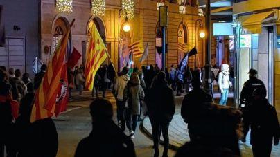 Salom critica que se vete la protesta de los restauradores pero no la de independentistas