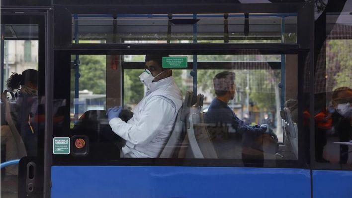 La EMT transportó un 43 por ciento menos de viajeros en noviembre y el tren casi un 39