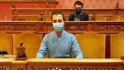 Rifirrafe en el pleno del Consell al negarse Cladera a conceder la palabra al PP