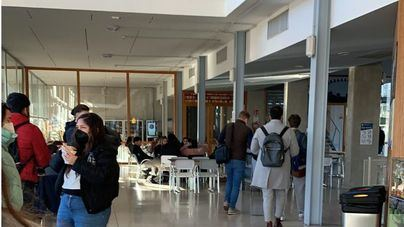 Imagen de una cafetería de la UIB este miércoles a pleno rendimiento