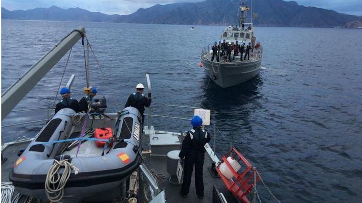 La embarcación de la Armada 'Formentor' vigila desde este martes el litoral balear