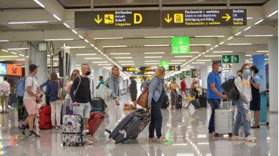 España, partidaria de un pasaporte vacunal para reactivar el turismo