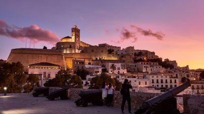 El Govern cierra Ibiza y sólo se permitirán entradas o salidas justificadas