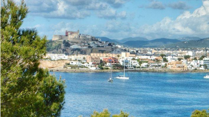 Dos detenidos por okupar una casa en Ibiza