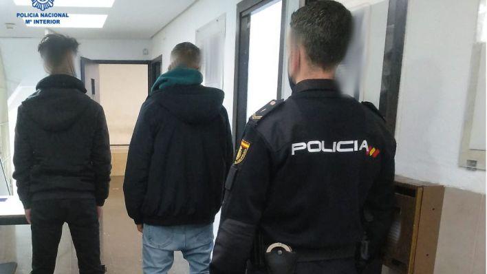 Dos detenidos por robarle el patinete eléctrico a un hombre cuando circulaba por Palma