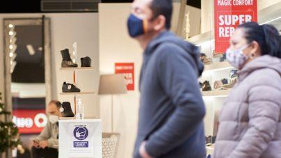 La OMS dice que el aumento de contagios se debe al efecto de la Navidad, no a la cepa británica