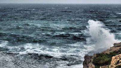 Baleares, en riesgo por fenómenos costeros y viento