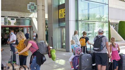 España recibió en 2020 el mismo número de turistas extranjeros que en 1970