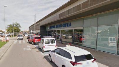 Una mujer de 53 años muere en un choque entre un microbús escolar y un coche en Menorca