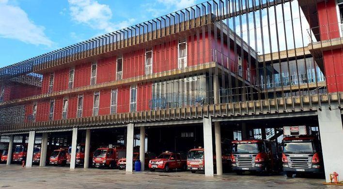 Extinguen un incendio en una cocina en la calle Cirerer de Palma