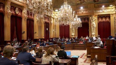 El Parlament balear reconoce 'la unidad de la lengua catalana'