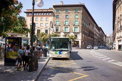 La pandemia arrasa la mitad de viajeros de metro y autobús de Palma