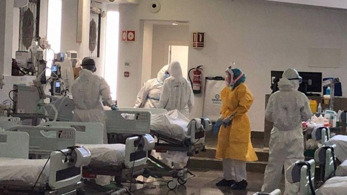 Seis muertos más aunque los contagios e ingresos en UCI y planta bajan considerablemente