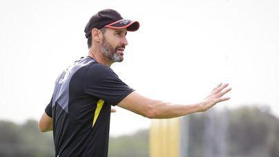 Vicente Moreno: 'Toda nuestra cabeza y energía están en el partido de mañana'