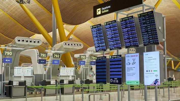 Se prorrogan hasta marzo las restricciones de vuelos desde Reino Unido, Sudáfrica y Brasil