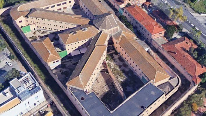 La Fiscalía pide 15 años de cárcel para el autor del incendio en la antigua prisión de Palma