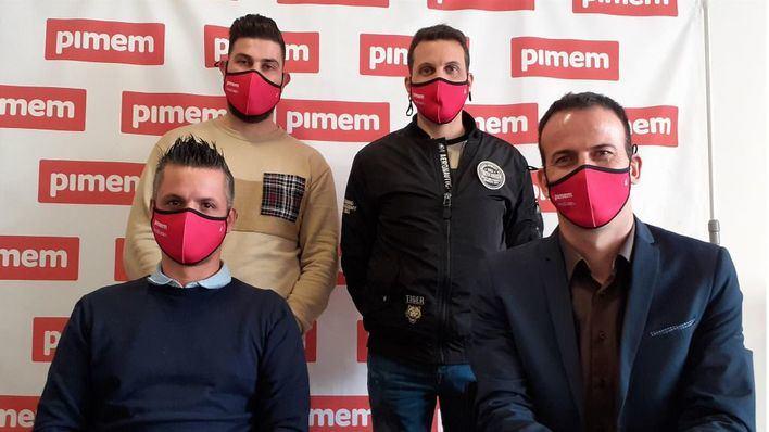 Taxistas de Pimem recogen más de 760 firmas para unificar las tres emisoras de Palma