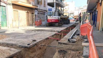 Emaya ejecuta obras de renovación de la red de agua potable en s'Arenal