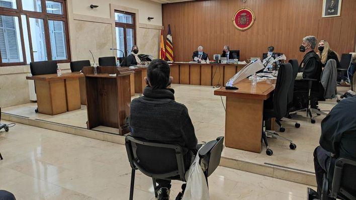 La Fiscalía mantiene la petición de 15 años para el acusado de incendiar la antigua cárcel