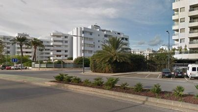 La Policía Judicial investiga la caída de un hombre desde un primer piso en Ibiza