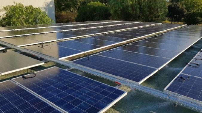 Mallorca planea poner placas solares en 570 aparcamientos para ahorrar un 6 por ciento de energía