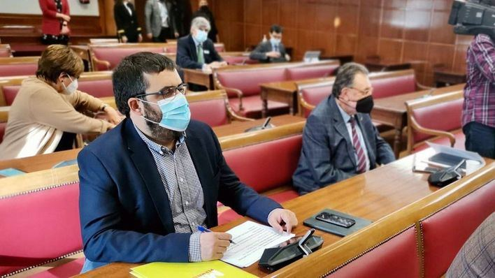 Vidal pide al Gobierno que defienda a Cabrera frente a la 'injerencia' de Argelia