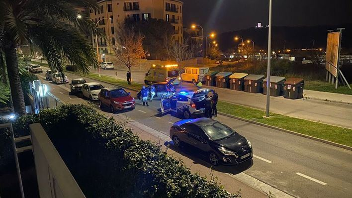 Se empotra contra varios vehículos en Palma cuando conducía bebido