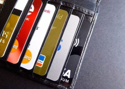 CaixaBank, Visa y Samsung se alían en la digitalización en medios de pago