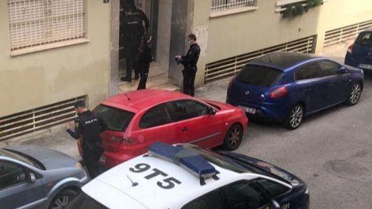 El joven apuñalado por su compañero de piso en Palma pasa a planta tras mejorar su estado