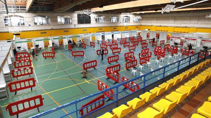 El lunes se inicia la vacunación masiva en el polideportivo Germans Escalas de Palma