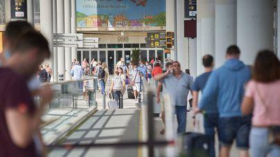 Casi el 72 por ciento de clientes y partners de Dingus, a favor de un pasaporte para viajar