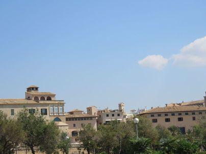 Cielo poco nuboso y temperaturas diurnas en ascenso en Baleares