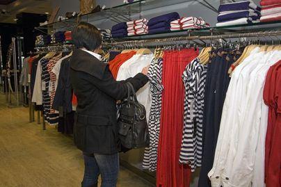 Las ventas del comercio se desploman un 14,9 por ciento en enero en Baleares