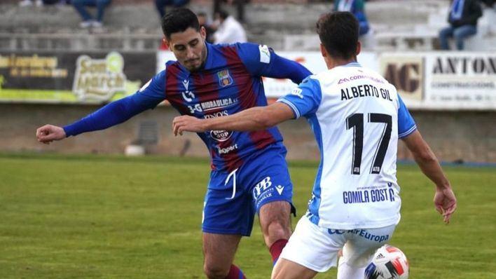 Poblense y Atlético Baleares entablan en el derbi disputado en Sa Pobla