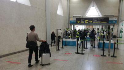 Baleares exige desde hoy una PCR negativa a todos los viajeros nacionales