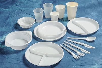 Prohibida la venta a partir de hoy en Baleares de utensilios de plástico de un solo uso