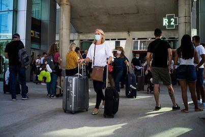 Los primeros turistas alemanes aterrizan en Mallorca