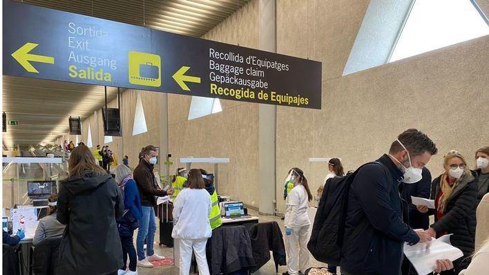 Comienza la operación PCR negativo en los aeropuertos de Baleares