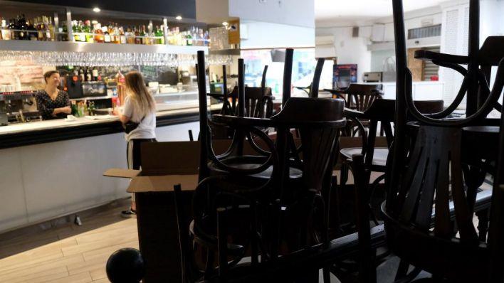 Los interiores de bares y restaurantes estarán cerrados hasta el 11 de abril