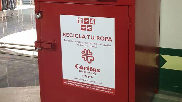 El Corte Inglés recoge 240.000 kilogramos de ropa usada para entregar a Cáritas y darle un nuevo uso
