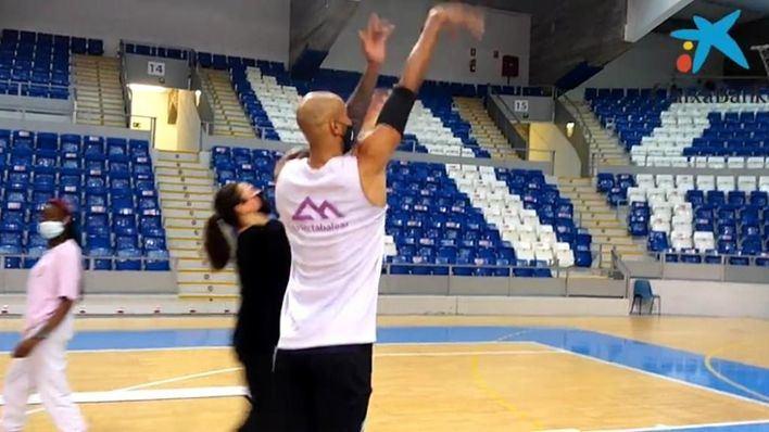 Fundación 'la Caixa' y Palmer Alma Mediterránea acercan el baloncesto a los niños vulnerables