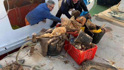 Los pescadores baleares reivindican que la basura en el Mediterráneo